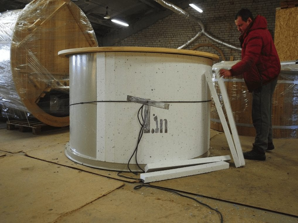 Insulated Walls And Bottom Of Polypropylene Hot Tubs. Polystyrene Panels.
