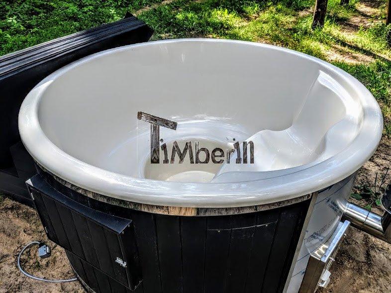 Garen fiberglass hot tub