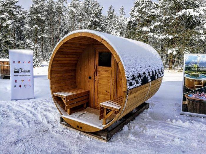Outdoor Garden Wooden Sauna And Jacuzzi