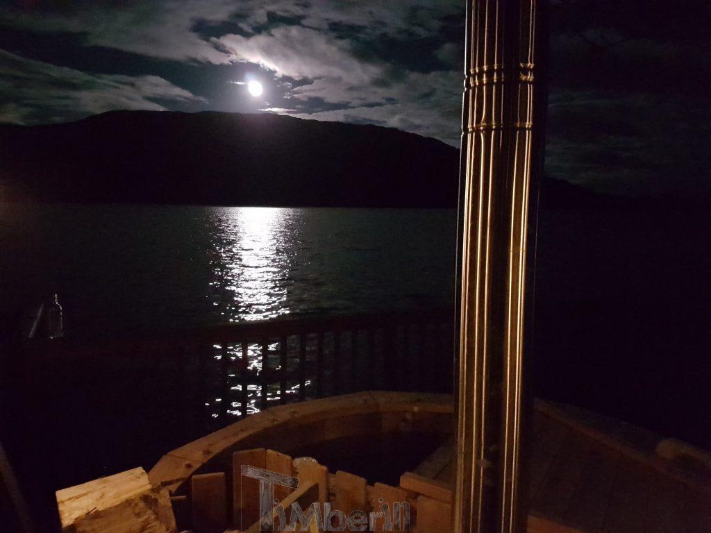 WOODEN HOT TUB DELUXE DESIGN, Stuart, Isle Of Skye, U.K (2)