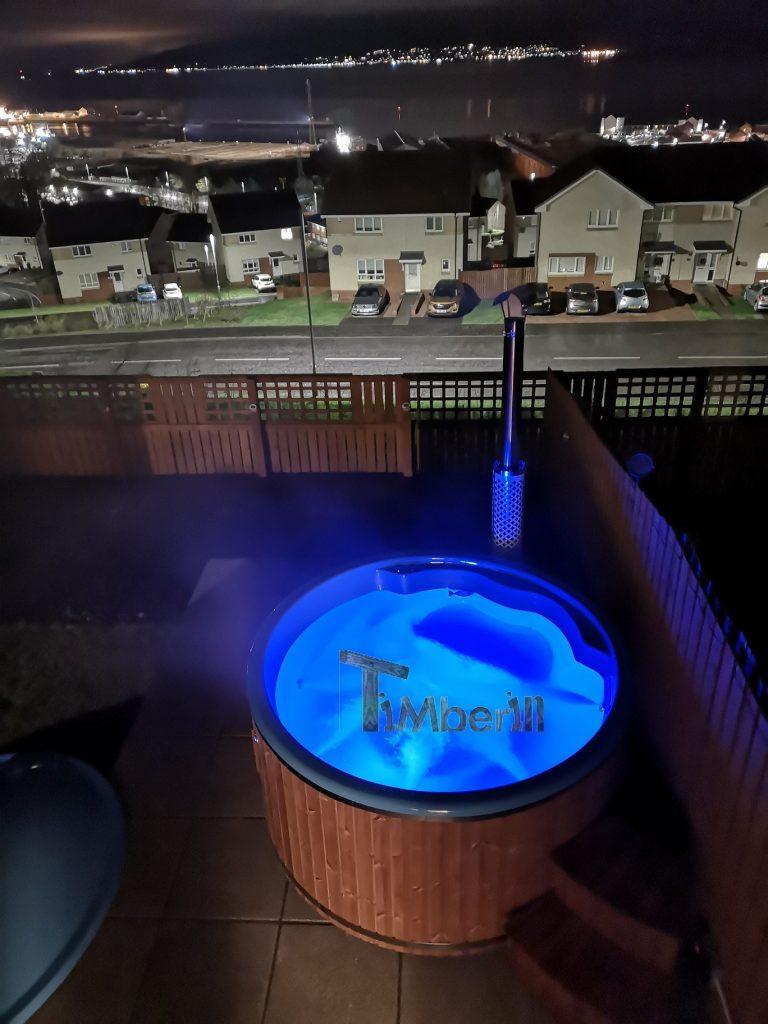 Wellness-Royal-thermo-wood-hot-tub-Jamie-Greenock 2