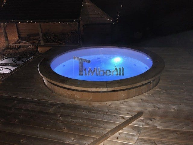 ELECTRIC OUTDOOR HOT TUB SPA, Alan, Newport, U K (4)