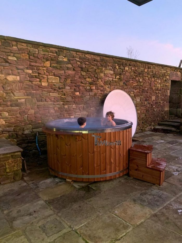 Fiberglass Lined Hot Tub With Integrated Burner Thermo Wood [Wellness Royal], Alex, Chorley, UK (9)